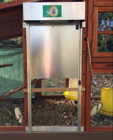 How to Make An Automatic Chicken Door-Step by Step Instructions & How to Make An Automatic Chicken Door Step by Step: Chicken Heaven ...
